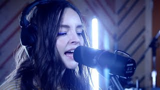 CHVRCHES – Miracle (LIVE)