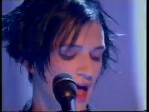 PLACEBO - Taste In Men  ((Top Of The Pops 2000))