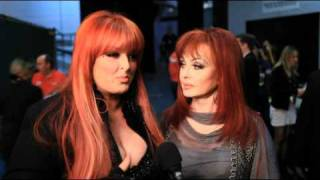 ACM Girls' Night Out Backstage Interview- The Judds