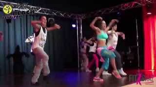 preview picture of video '2014-08-30 ZUMBA Beach-Festival - Openingsong'