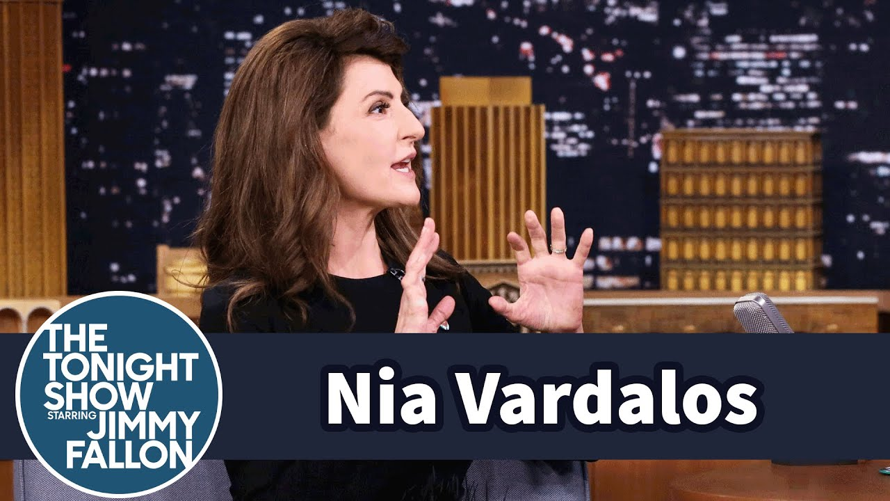 Nia Vardalos Cooked a Greek Meal for The Golden Girls Cast thumbnail