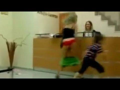 Verführt Freundin Sex Videos