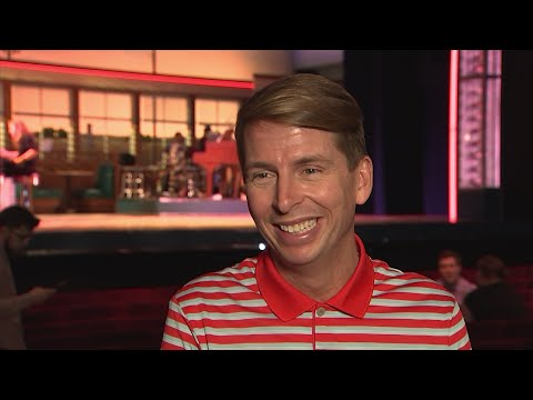 Being starstruck is not something Jack McBrayer suffers from – he plays dumb and shakes hands with any famous person he meets. (April 5)