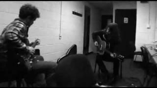 Arctic Monkeys - Too Much To Ask acoustic, Secret Video