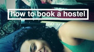 WHAT IS A HOSTEL? [+10 TIPS]