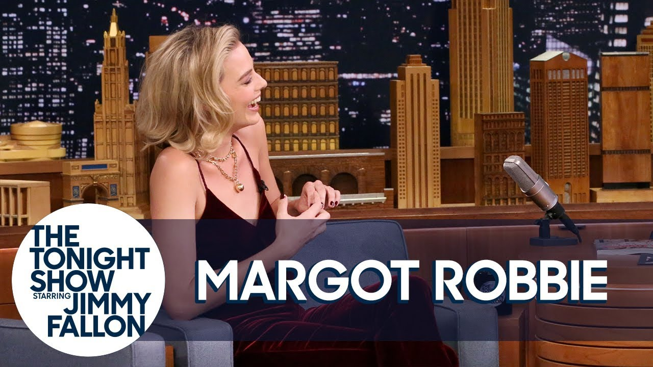 Hockey-Obsessed Margot Robbie Is an Honorary Mighty Duck thumbnail