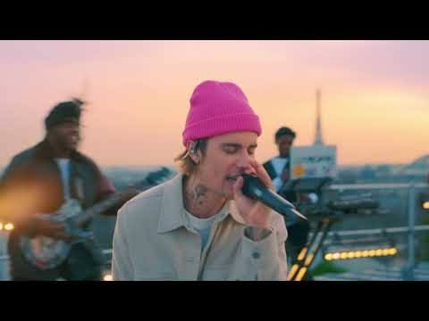 Justin Bieber - Somebody (Live from Paris)