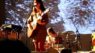 feist - undiscovered first (live atl 6 nov 2011 tabernacle)