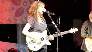 More of Juice Newton performing at Epcot- 4/17/2011