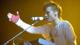 HD - 30 Seconds to Mars -  Hurricane + Alibi (live acoustic piano) @ Gasometer 2010 Vienna