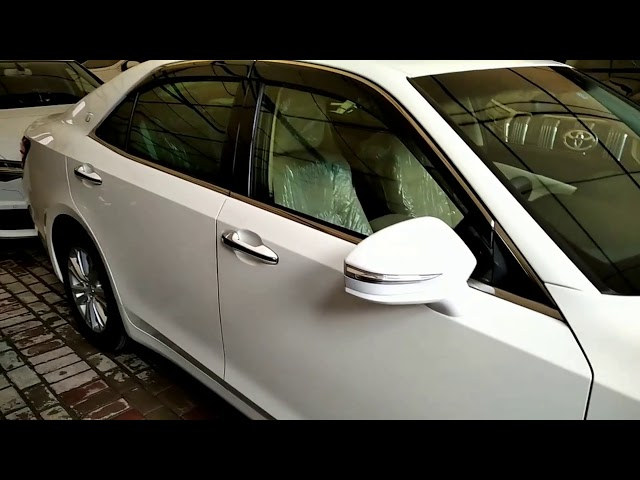Toyota Crown Royal Saloon 2015 for Sale in Lahore
