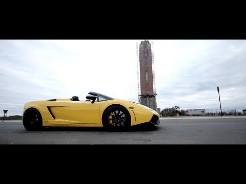 Lamborghini Gallardo Spyder bi-turbo acelerando
