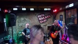 Video 01 Mezi náma není šprajc - Moto Garage Live