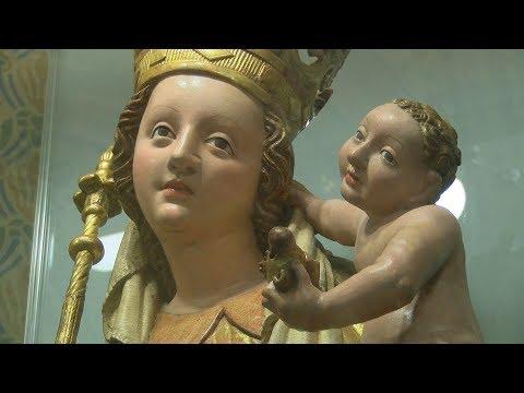 Budavári Madonna-szobor - video preview image