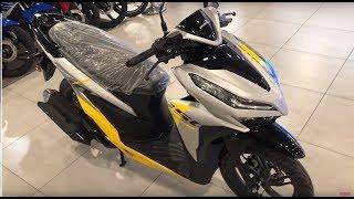 Honda Vario 150 2019 - Yellow / Silver - Walkaround