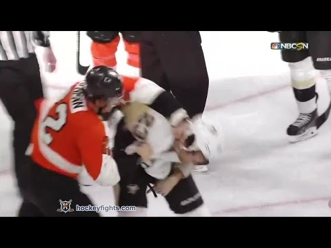 Steve Downie vs Luke Schenn