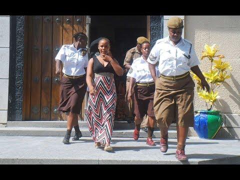 BREAKING NEWS: Tazama Lulu Alivyowasili Tena Mahakamani Kesi ya Kanumba
