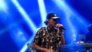 MC Livinho   Azul Piscina (Show Ao Vivo)