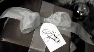 """Wynonna """"O Holy Night"""" Fan Christmas Wishes 2011"""
