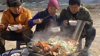 꽃게, 오징어, 각종 해물 들어간 제대로 [[해물탕(Spicy Seafood Stew)]]요리&먹방!! - Mukbang eating show