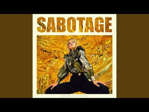 Trendsetter: Kelsey Coockson – Sabotage