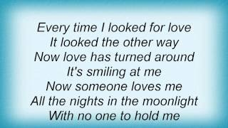 Barry Manilow - It's All Behind Us Now Lyrics_1