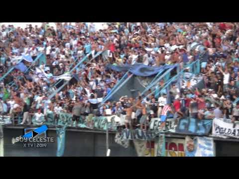 """""""Gente de Temperley tapando a la hinchada de Quilmes"""" Barra: Los Inmortales • Club: Temperley"""
