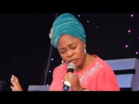WAHOOOO TOPE ALABI AND NOLLYWOOD ARTIST   BREAK DOWN THE NAME OF GOD WITH PRAISE