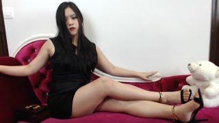 Sexy Asian Long Legs Worship Femdom : Risque in Luxury