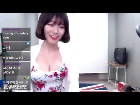 【乳揺れ】韓国人に勃起させられたら負け②【踊り手】 [3:00x360p]