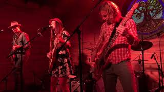 """Angela Perley & The Howlin' Moons """"Nowhere is Now Here"""""""