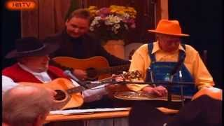 Mac Wiseman & Brother Oswald Carry Me Back to the Mountains (Live)