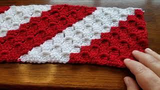 12 Weeks of Crochet Christmas #12 ~ Corner 2 Corner Candy Cane Crochet Scarf
