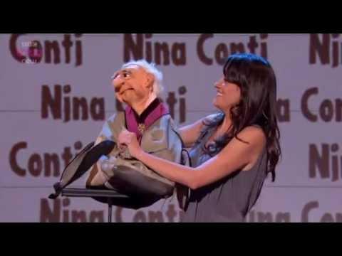 Nina Conti u Russella Howarda