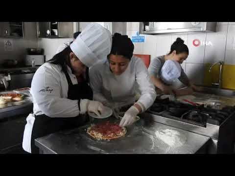 /videolar/haberler/down-sendromlu-cocuklardan-ozel-pizza-4086
