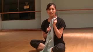 花咲先生のバレエレッスン~バレエをうまく見せる~つま先を伸ばすストレッチ①のサムネイル画像