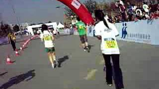 preview picture of video '2008 Shanghai Marathon (Half) Last 1km'