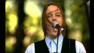Arcade Fire - Neighborhood #2 (Laika) - 2005/08/25