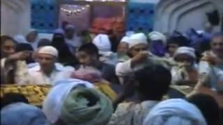 preview picture of video 'Urs Mubarak Hazrat Pira Shah Ghazi Qalandar Damri Walee Sarkar, Khari Sharif 2009'