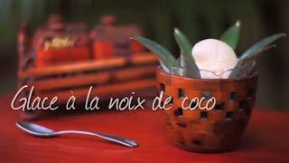 Glace à la noix de coco en sorbetière
