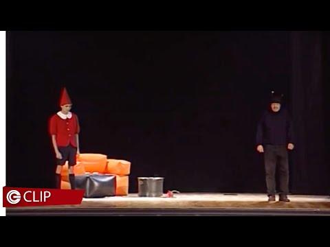 Fermi tutti questo è uno spettacolo - Pinocchio