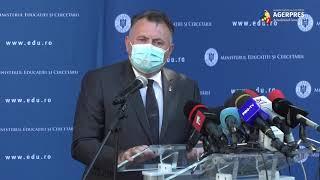 Tătaru: Avem livrate 30.800.000 de măşti pentru persoanele defavorizate