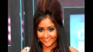 Snooki Slammed By New York Times thumbnail