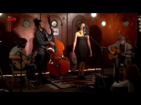 Caravan Trio Swing romantic gipsy jazz band Torino Musiqua