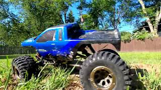 Redcat Racing Everest 10 FPV + Snake Attacks Rock Crawler!!!????????????