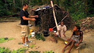preview picture of video 'Danse Autour Du Monde au Cameroun - Extrait Le Village Pygmée'