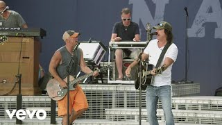 Kenny Chesney - Dust on the Bottle (Live with David Lee