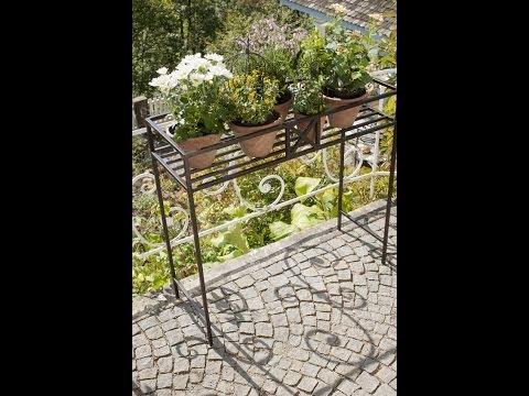 Blumen und Pflanzen dekorieren - Gartendeko Ideen - Blumenbank Eisen | VARIA LIVING