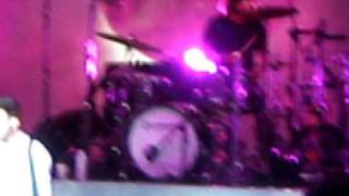 """Maroon 5-""""Give a Little More"""" NEW SONG! 8/5/10 DTE Energy Music Theatre (Hands All Over Tour)"""