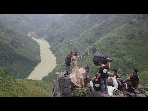 Download Behind The Scene | Hậu Trường Chụp Áo Cưới Tại Cao Nguyên đá đồng Văn #VietDungStudio HD Mp4 3GP Video and MP3